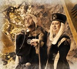 Manuela u. Niels Herrscherpaar zu Besuch auf Schloss AlsbachSEPIA kl